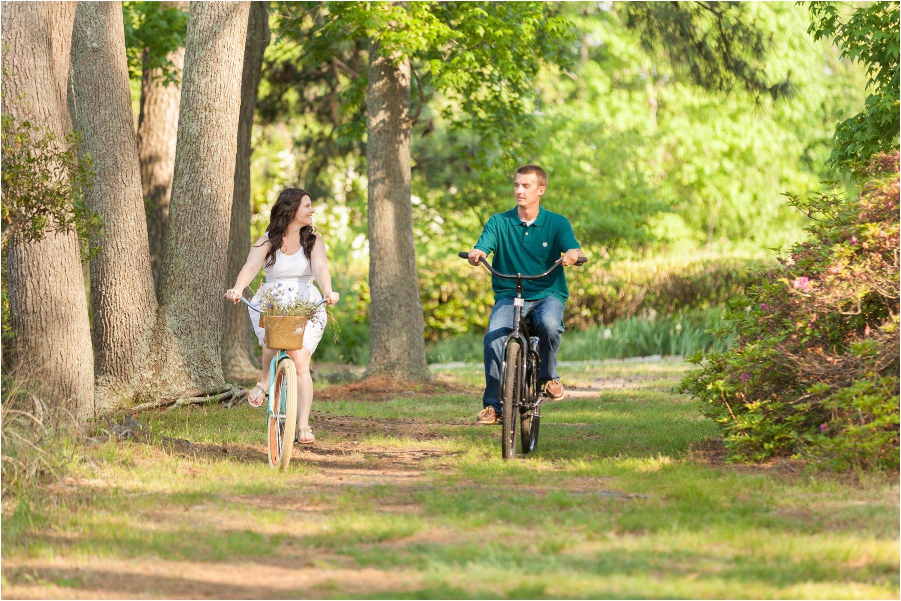 engagement_Photography_bike_ride_engagements_Jessica_Ryan_Photography_virginia_virginia_beach_0315