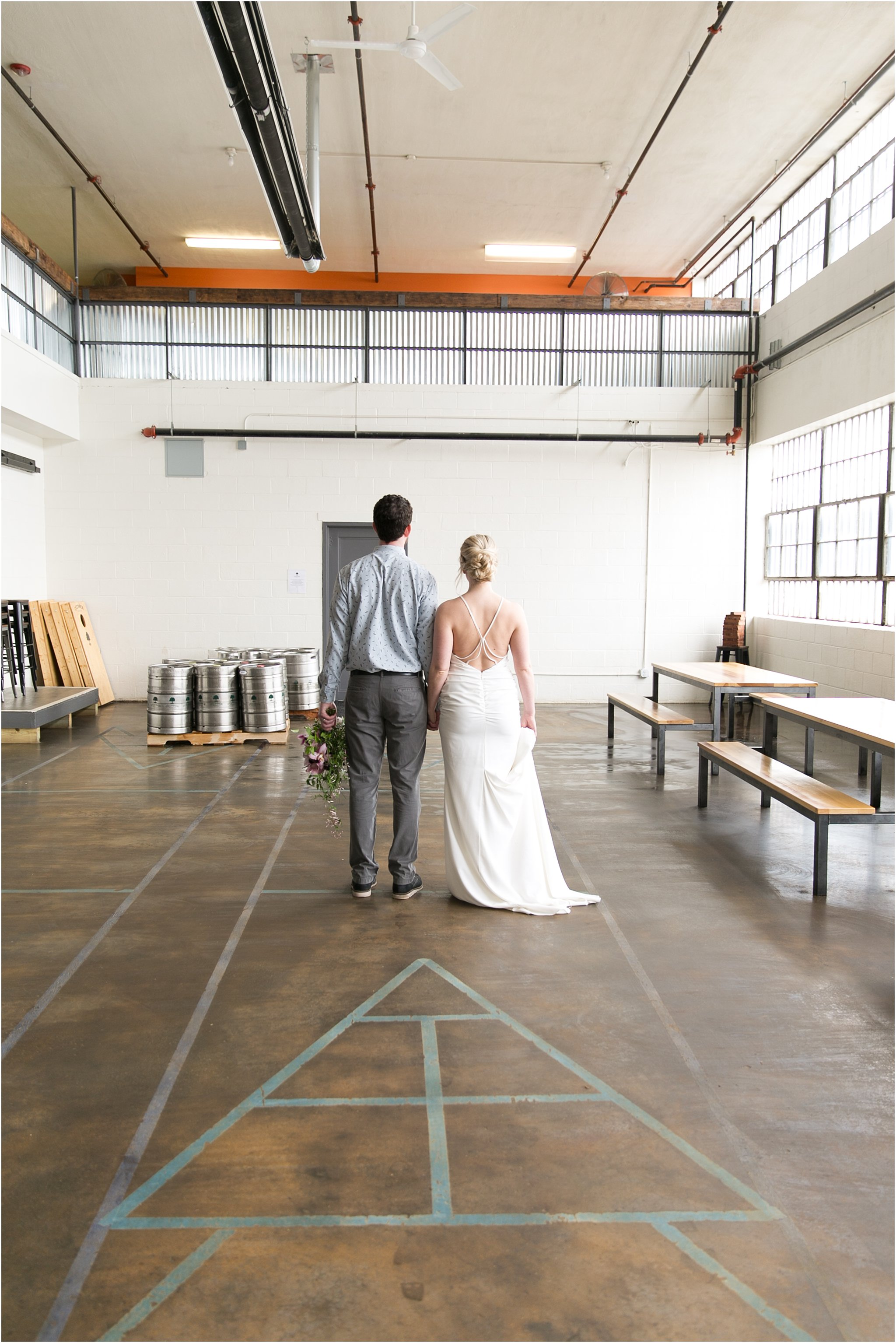 jessica_ryan_photography_oconnor_brewing_wedding_oconnor_brewing_co_norfolk_virginia_roost_flowers_blue_birds_garage__0798