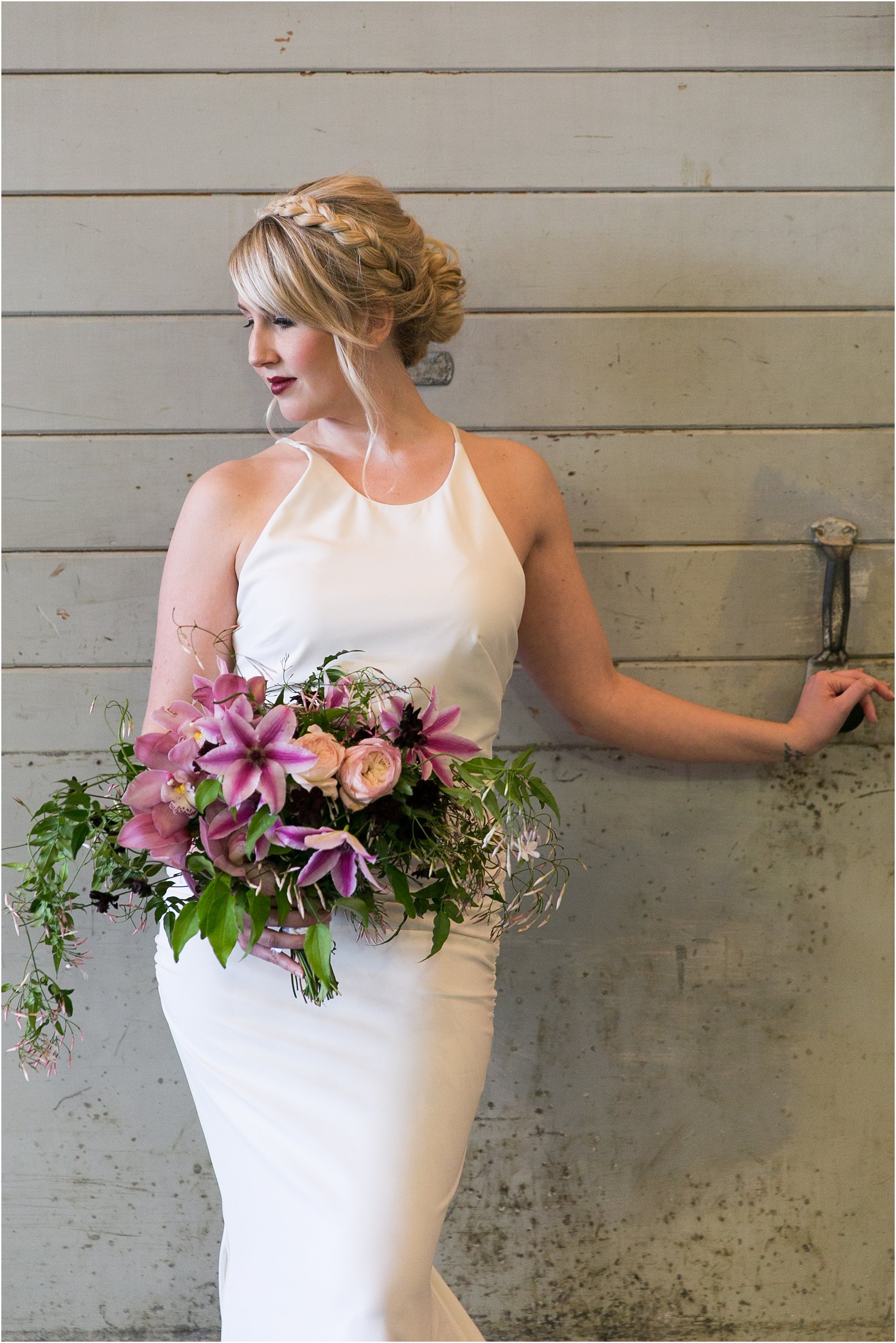 jessica_ryan_photography_oconnor_brewing_wedding_oconnor_brewing_co_norfolk_virginia_roost_flowers_blue_birds_garage__0819