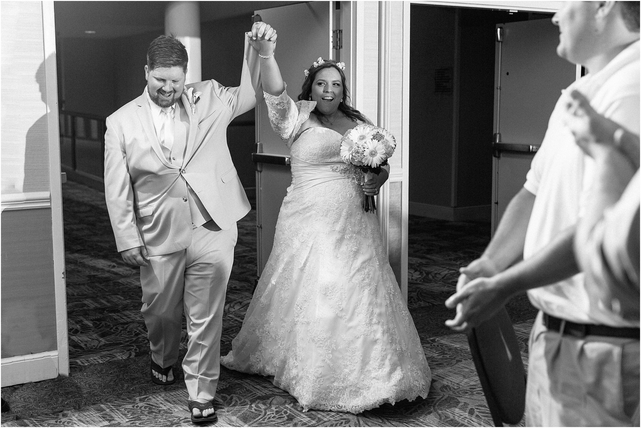 jessica_ryan_photography_virginia_beach_wedding_the_wyndham_oceanfront_beach_wedding_0889