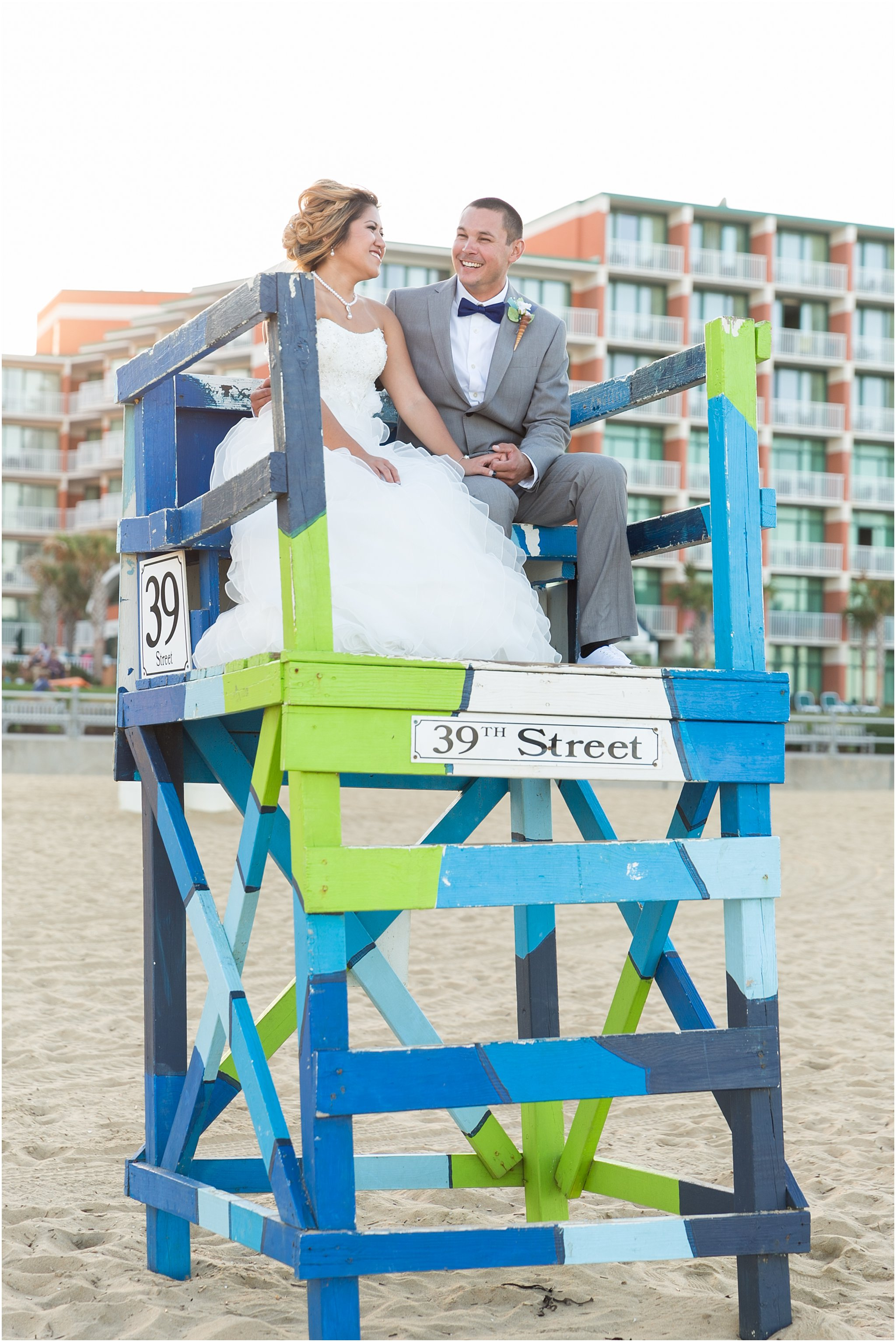 jessica_ryan_photography_wedding_virginia_beach_oceanfront_holiday_inn_north_suites_hotel_wedding_0769