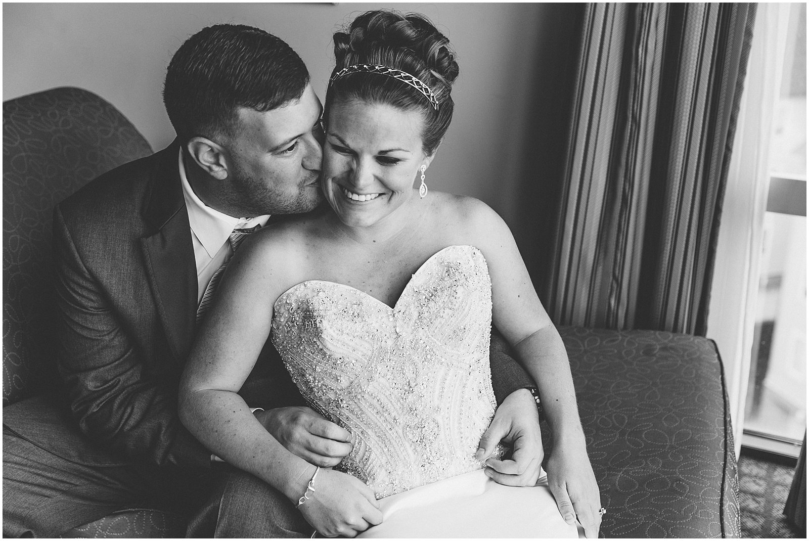 jessica_ryan_photography_wedding_virginia_beach_virginia_wedding_photographer_candid_wedding_photography_lifestyle_photojournalistic_real_moments_0103