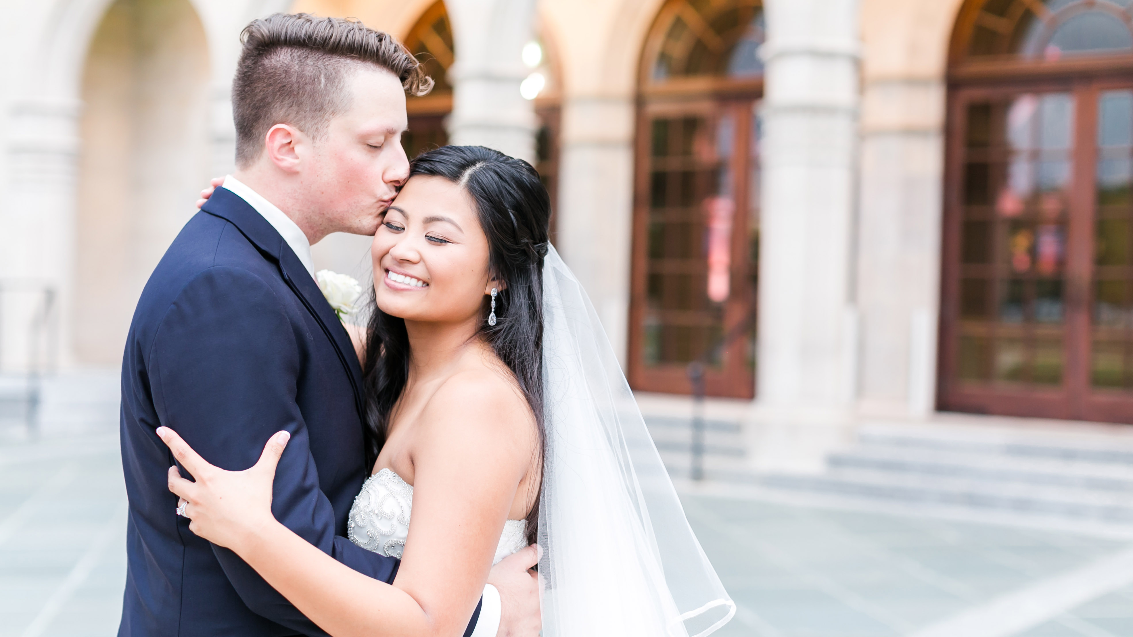 jessica_ryan_photography_chrylser_museum_of_art_wedding_norfolk_virginia_wedding_photographer_classic_bride_elegant_bride_groom