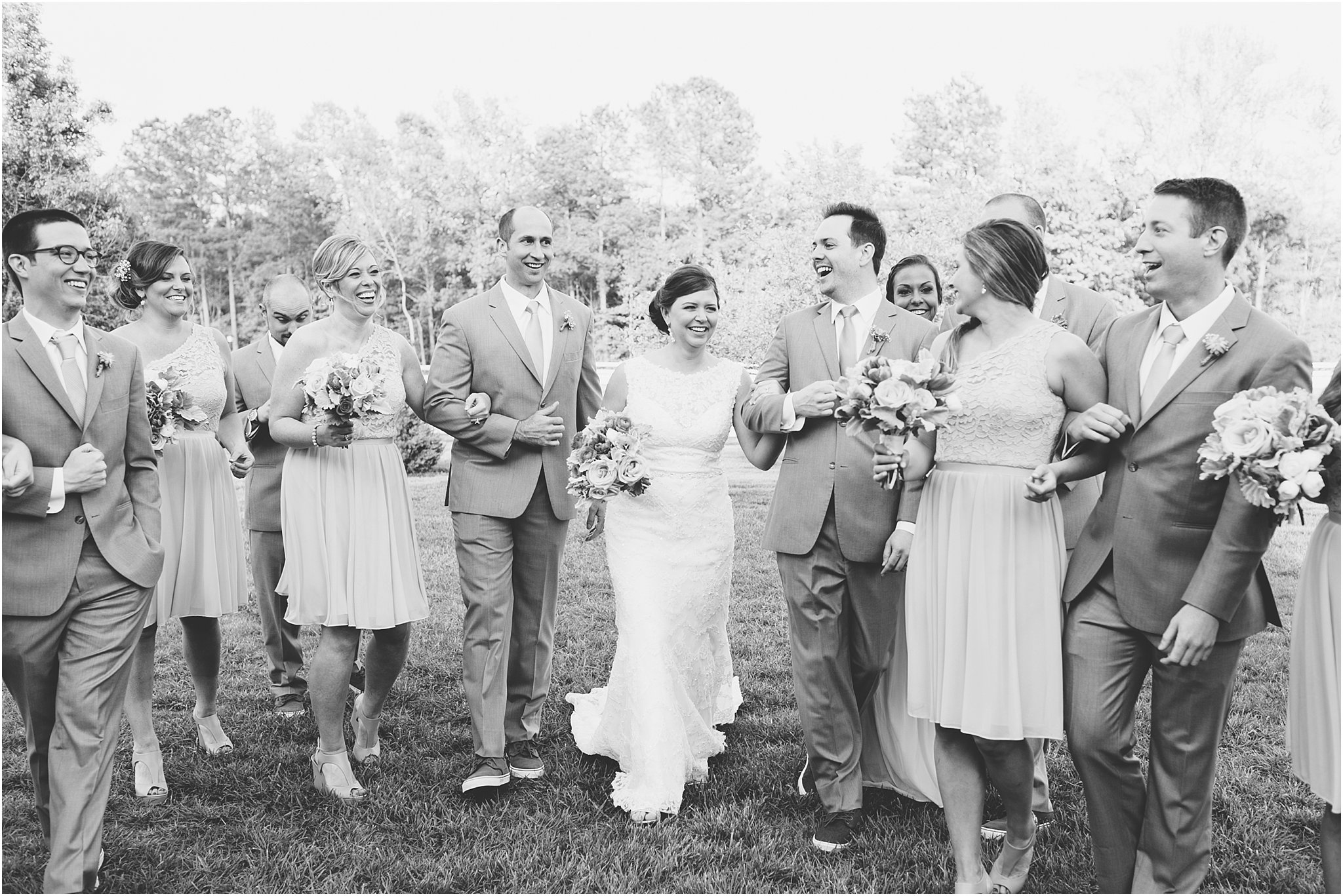 jessica_ryan_photography_holly_ridge_manor_wedding_roost_flowers_jamie_leigh_events_dhalia_edwards_candid_vibrant_wedding_colors_1309