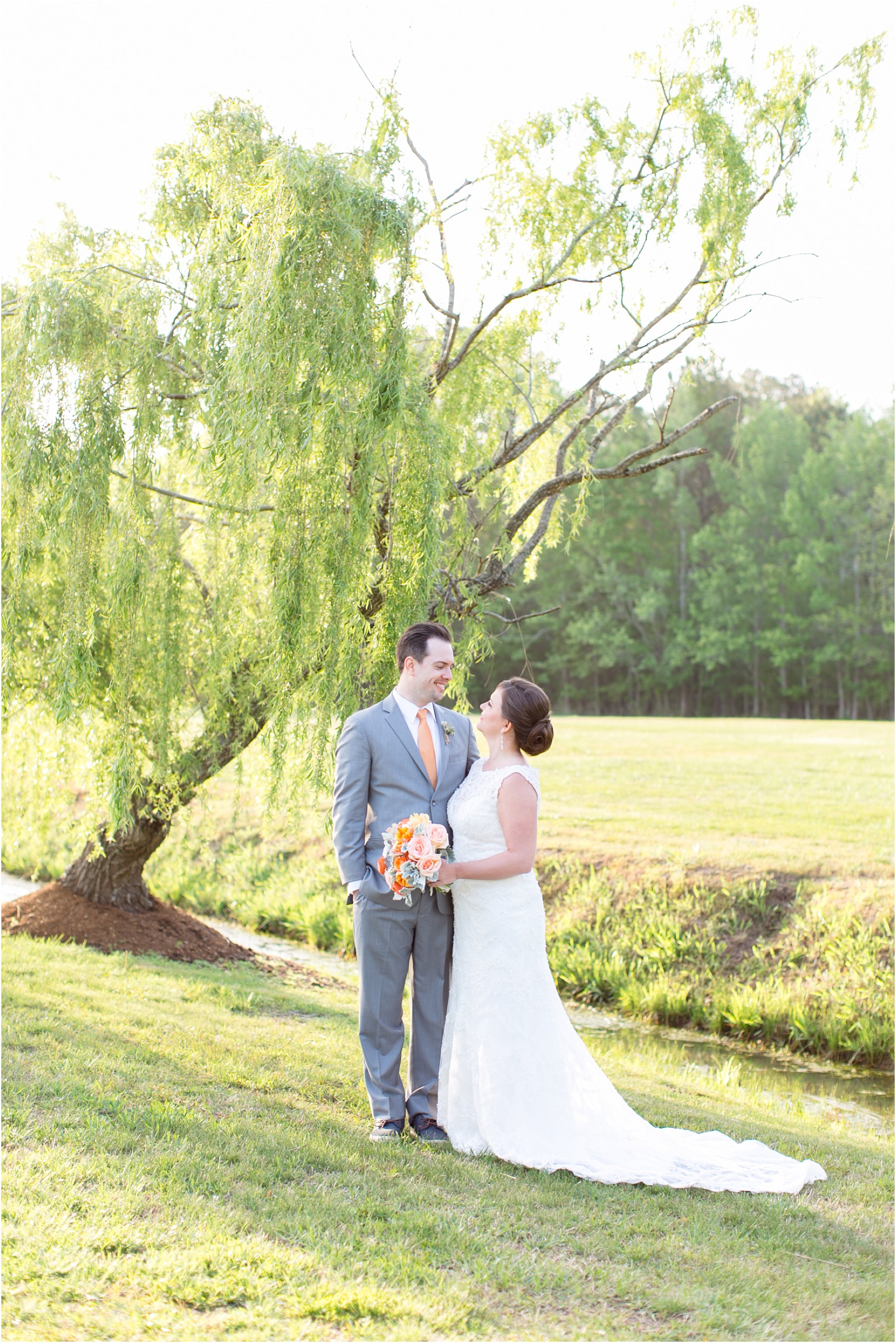 jessica_ryan_photography_holly_ridge_manor_wedding_roost_flowers_jamie_leigh_events_dhalia_edwards_candid_vibrant_wedding_colors_1323