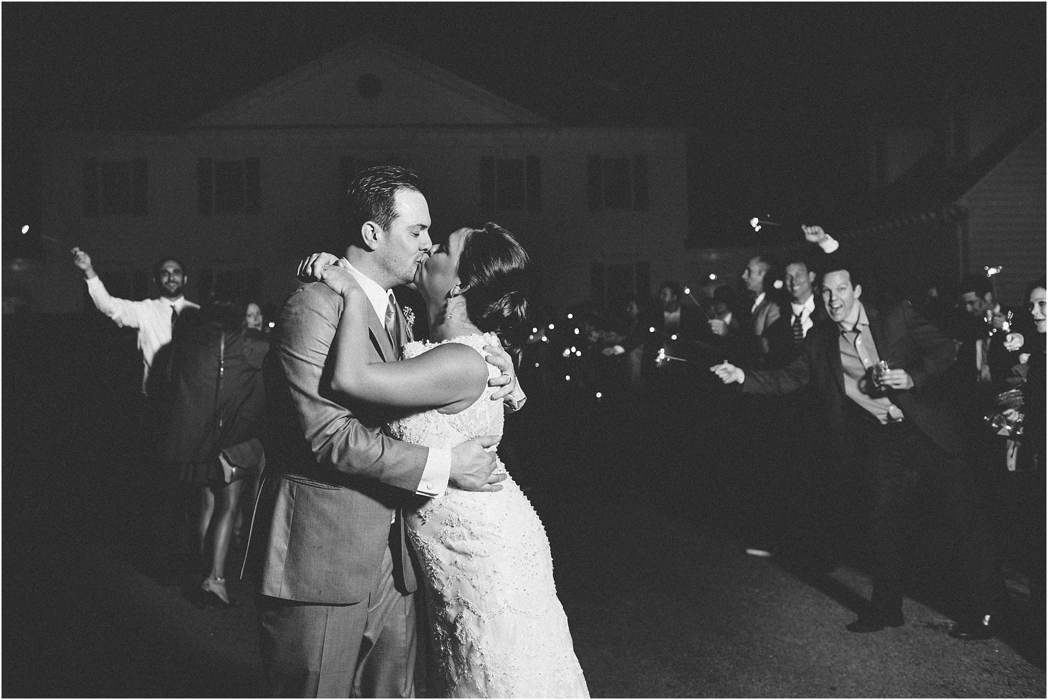 jessica_ryan_photography_holly_ridge_manor_wedding_roost_flowers_jamie_leigh_events_dhalia_edwards_candid_vibrant_wedding_colors_1379
