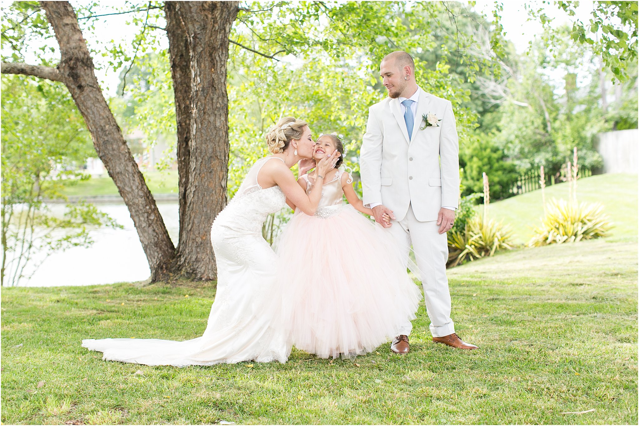 jessica_ryan_photography_virginia_virginiabeachweddingphotographer_studioIdo_backyardwedding_waterfrontwedding_1691