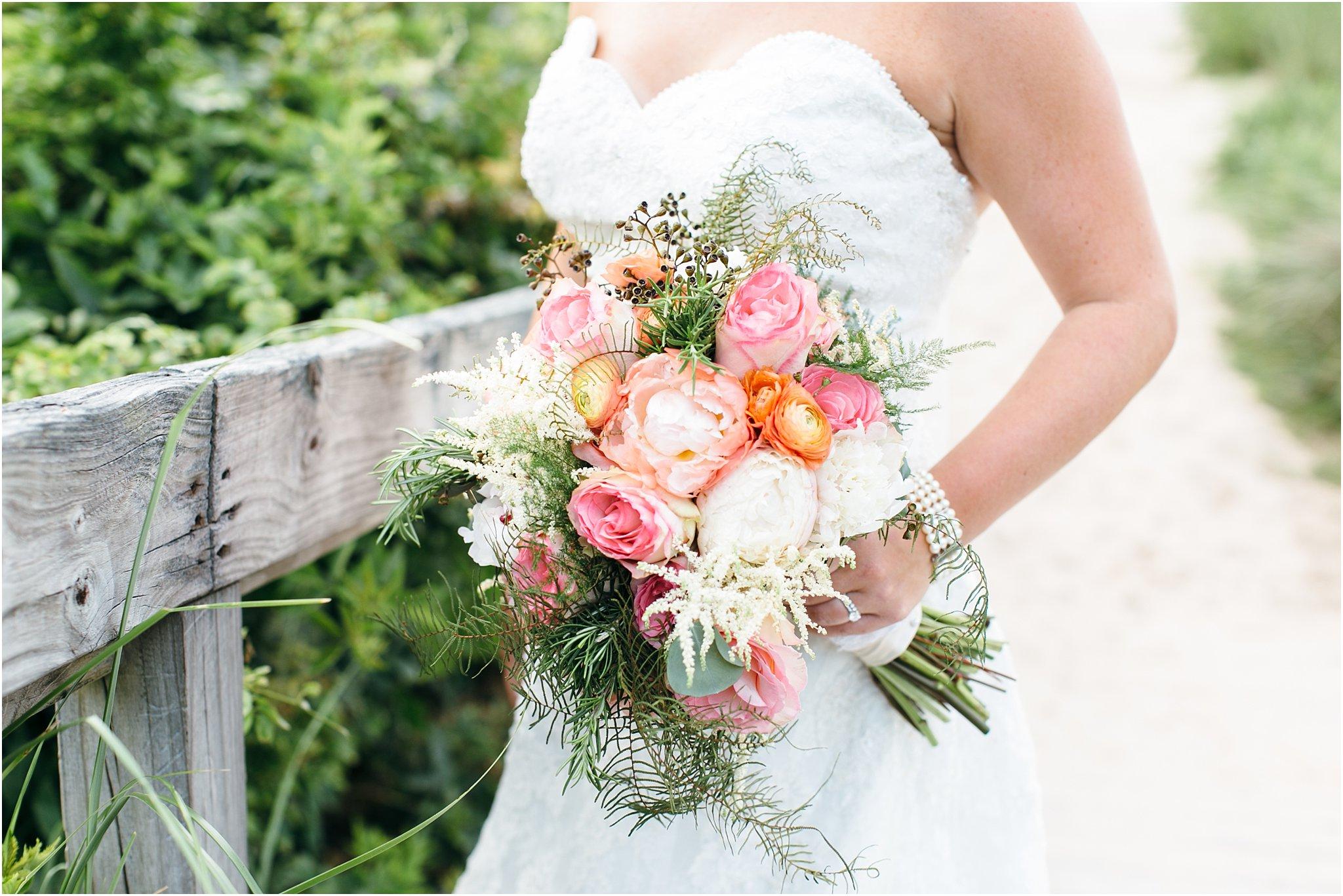 jessica_ryan_photography_wedding_photography_virginiabeach_virginia_candid_authentic_wedding_portraits_marina_shores_yacht_club_chesapeake_bay_1902