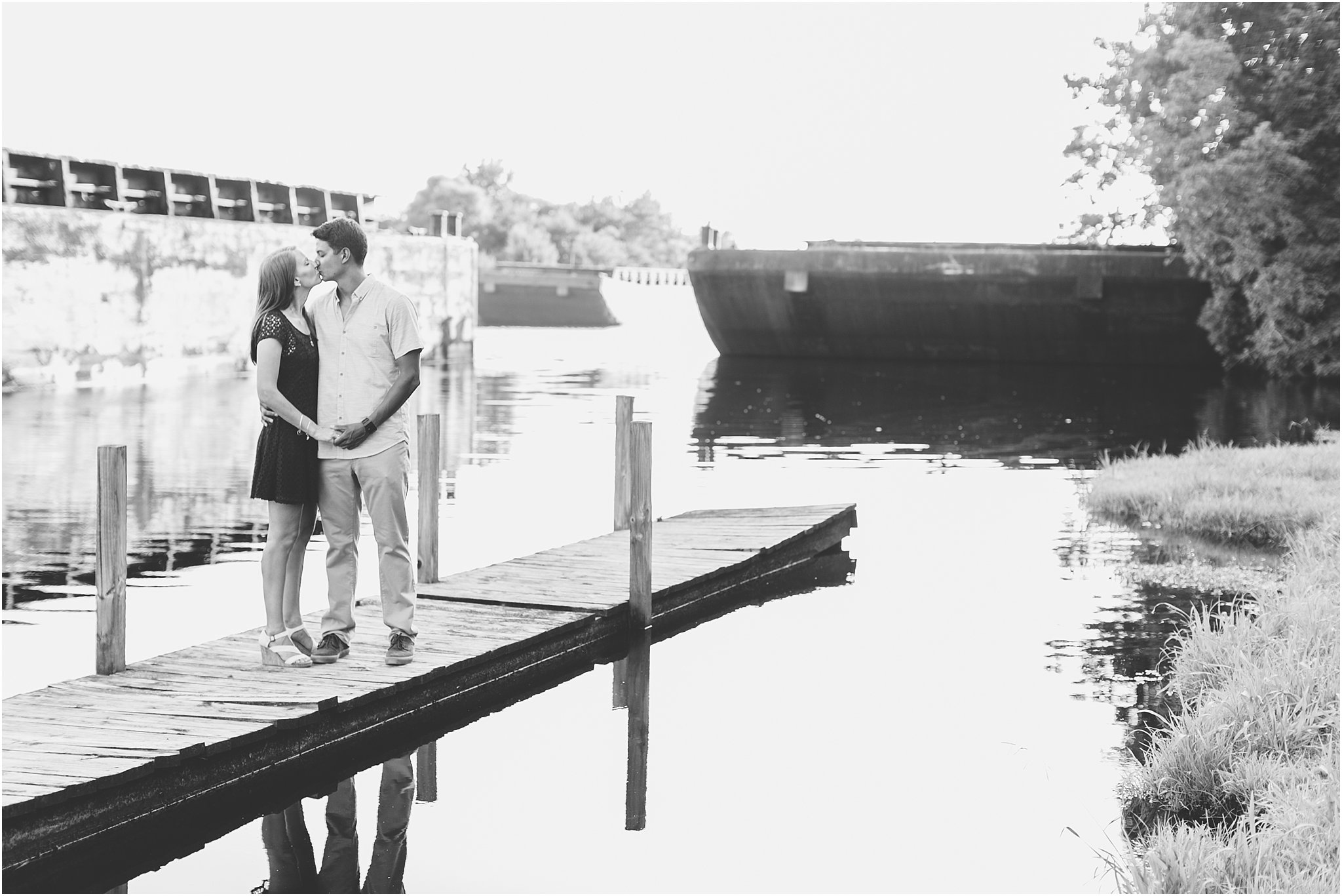 jessica_ryan_photography_virginia_virginia_beach_engagement_portraits_candid_authentic_engagements_pungo_country_farm_2757