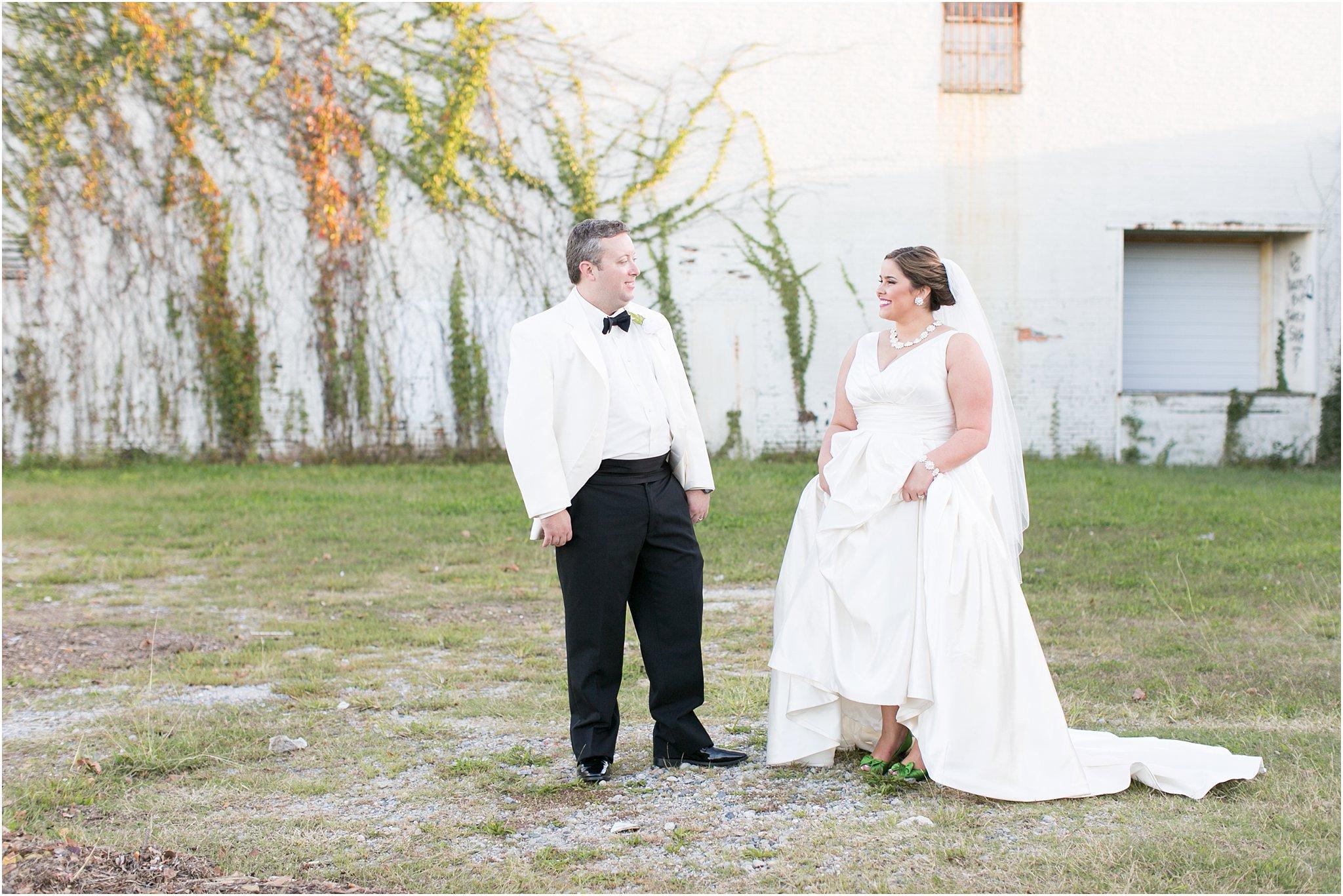 va_jessica_ryan_photography_virginia_wedding_norfolk_harrison_opera_house_norfolk_arts_district_portraits_3826