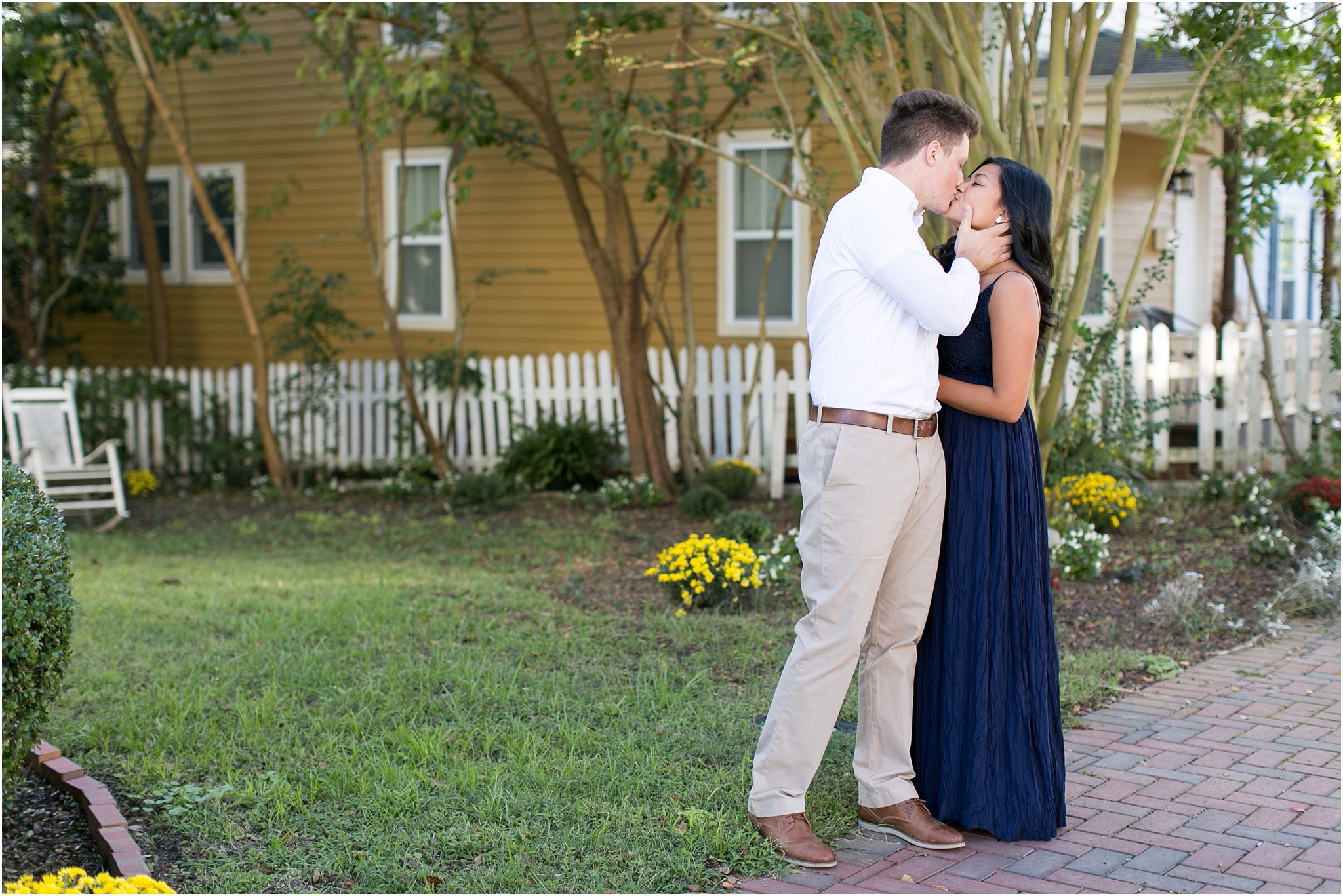 jessica_ryan_photography_virginia_smithfield_historical_downtown_engagement_portraits_candid_authentic_3696