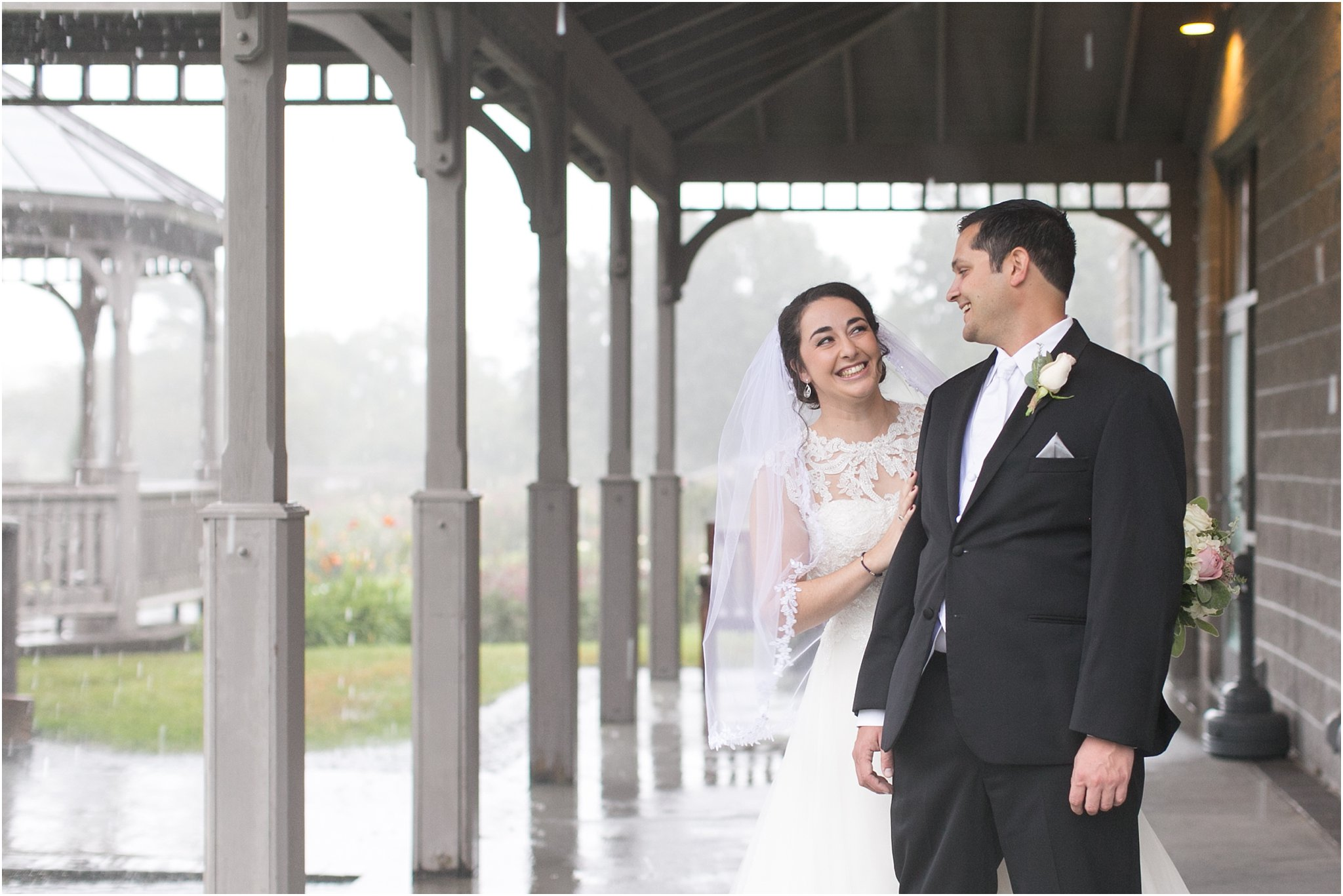 jessica_ryan_photography_virginia_wedding_photographer_wedding_hurricane_norfolk_botanical_gardens_hurricane_matthew_wedding_3562