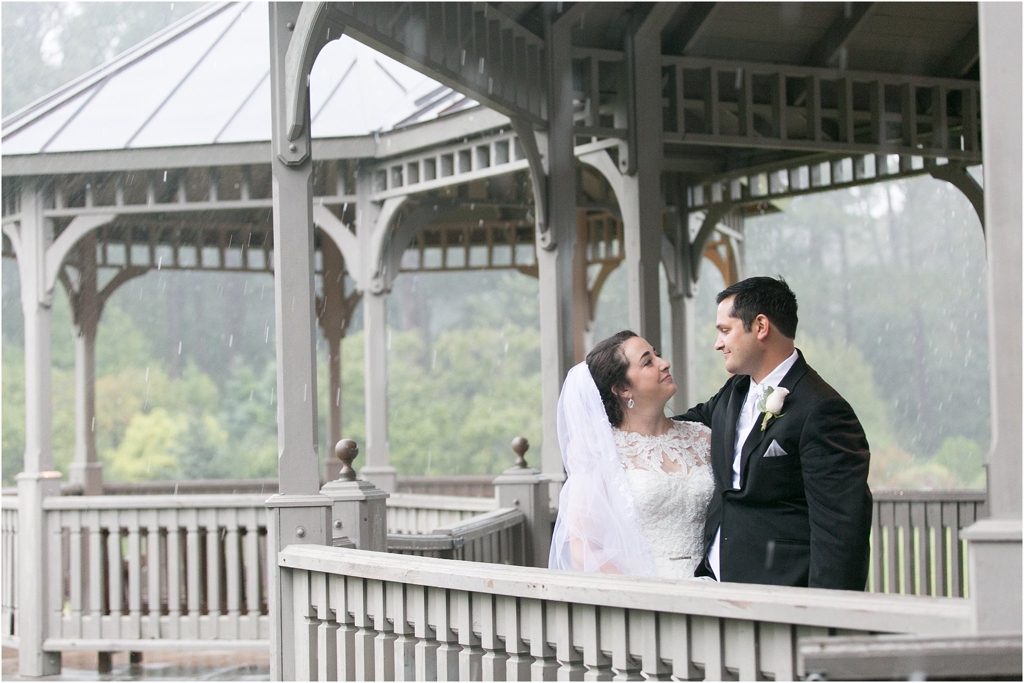 jessica_ryan_photography_virginia_wedding_photographer_wedding_hurricane_norfolk_botanical_gardens_hurricane_matthew_wedding_3567