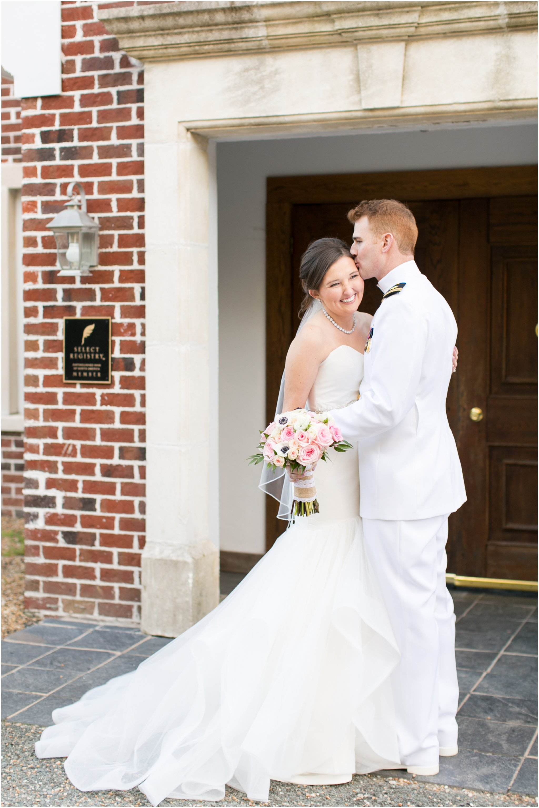 williamsburg winery wedding virginia bride and groom portrait classic wedding