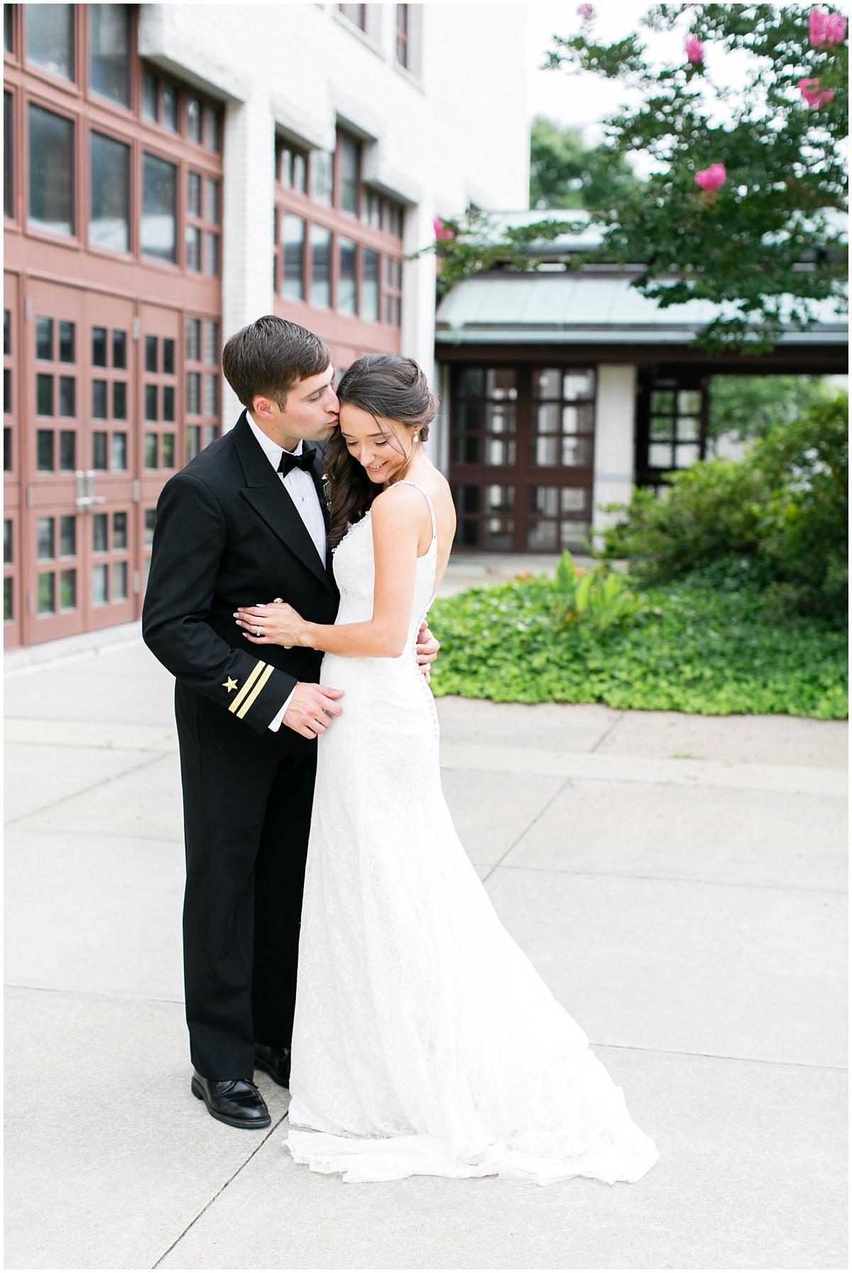 musuem of contemporary art wedding, MOCA wedding, virginia beach wedding bride and groom portraits