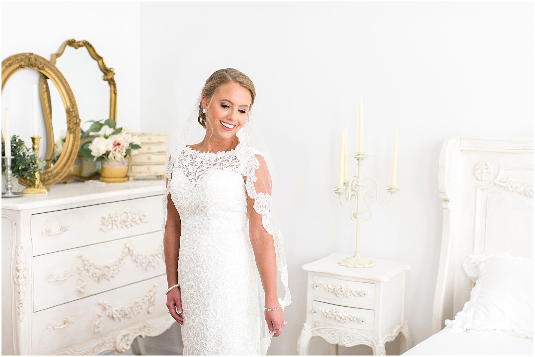studio at wharf hill bridal portrait, Jessica Ryan photography, classic bride