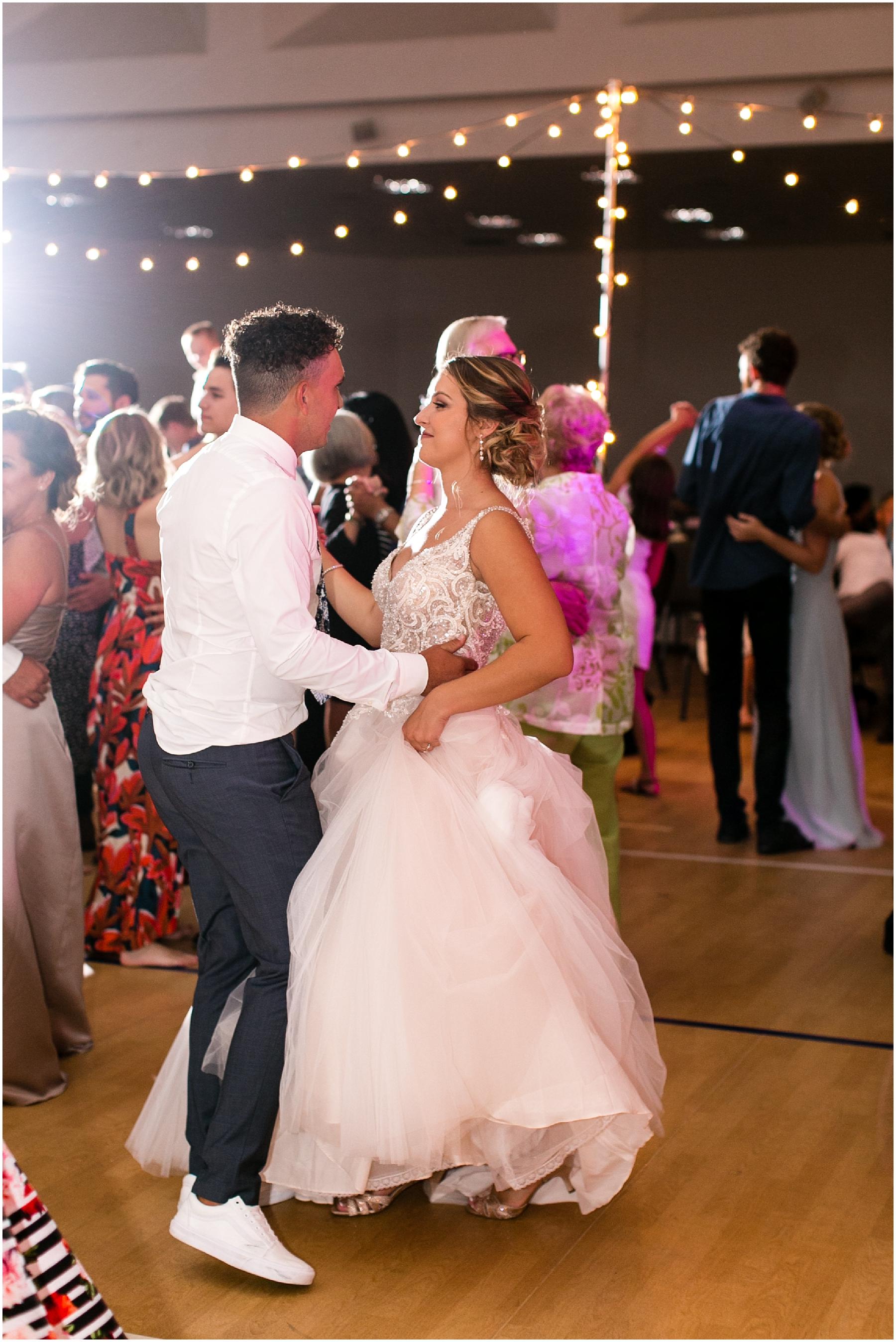 virginia beach wedding photography,here and now bridal wedding dress, jessica ryan photography, jessica ryan photographer, redeemer church wedding reception