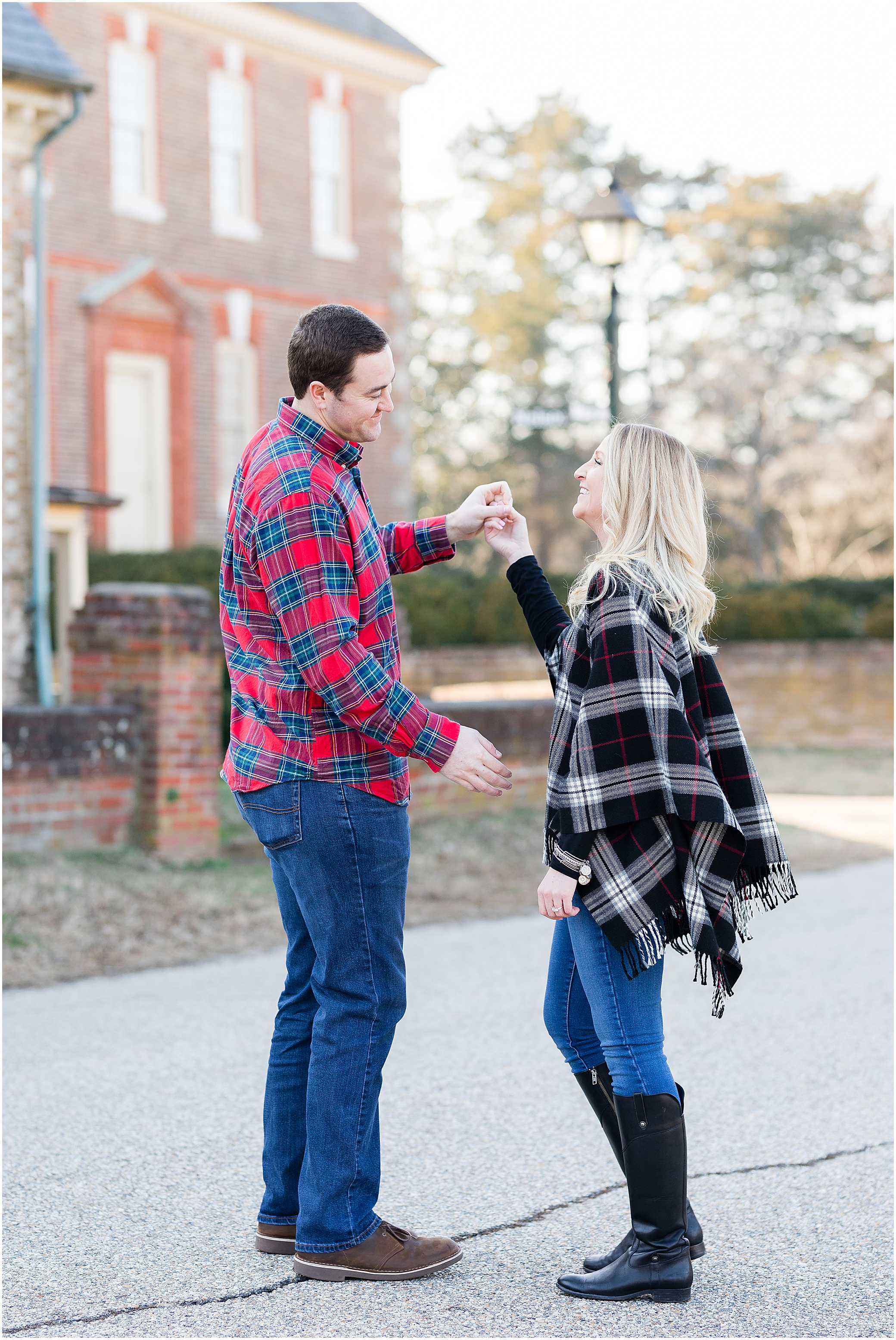 historic Yorktown engagement photography, jessica ryan photography, jessica ryan photographer