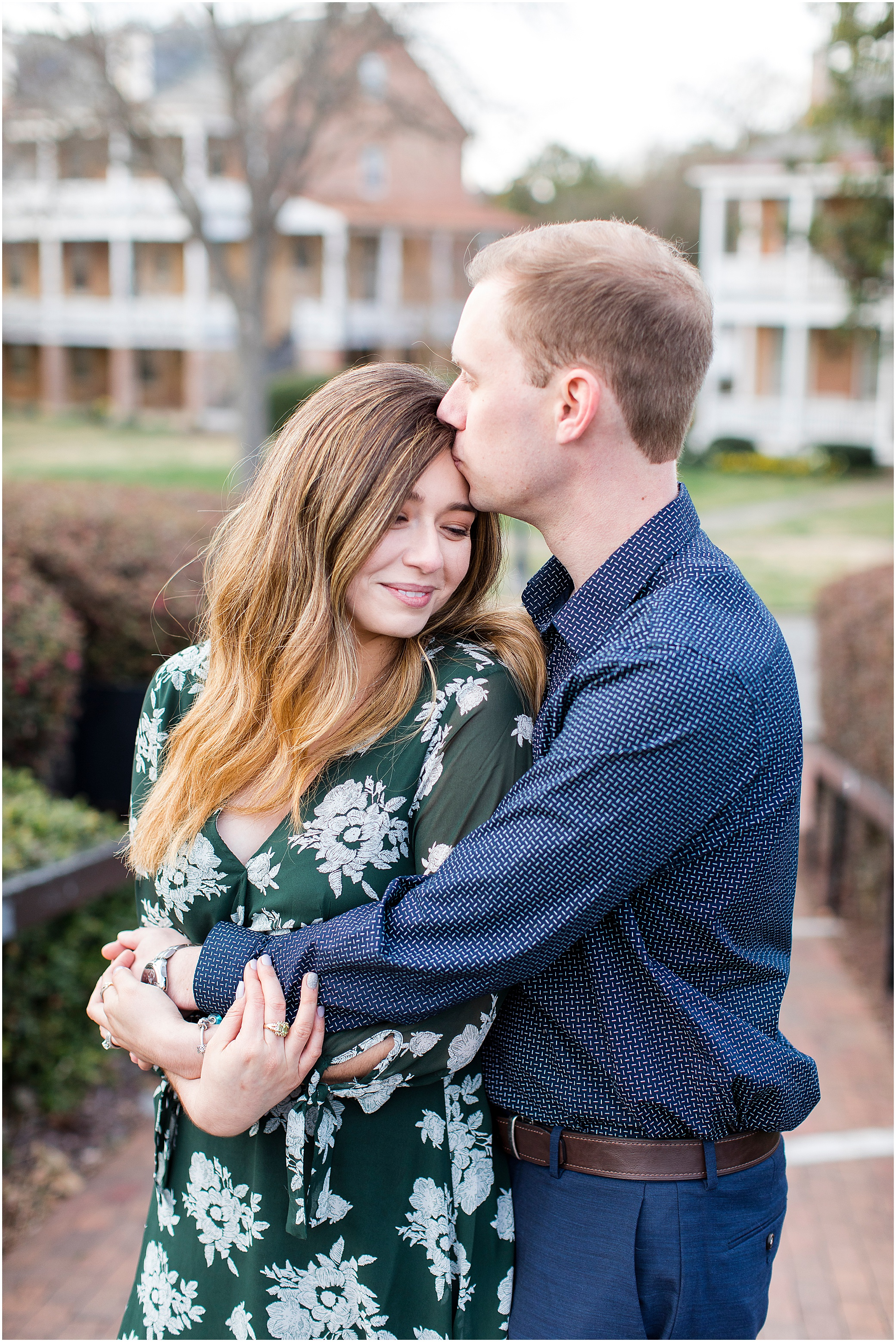 Fort Monroe Anniversary photography, couple hugging