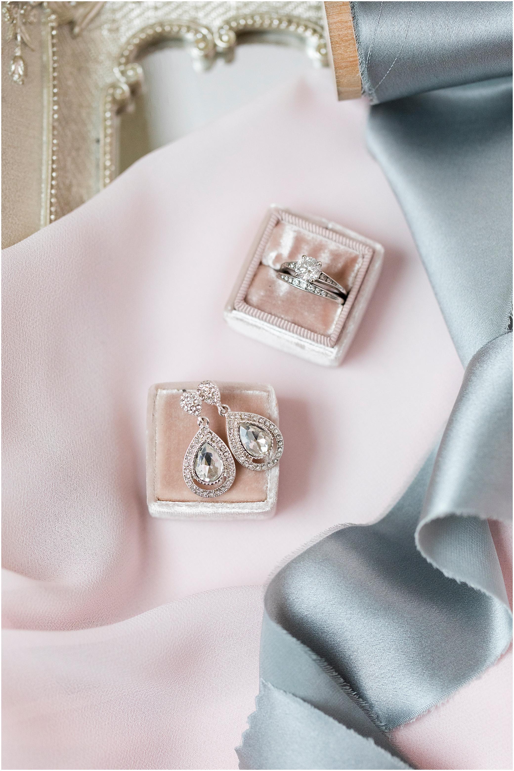 bridal jewelry detail, sierra vista wedding