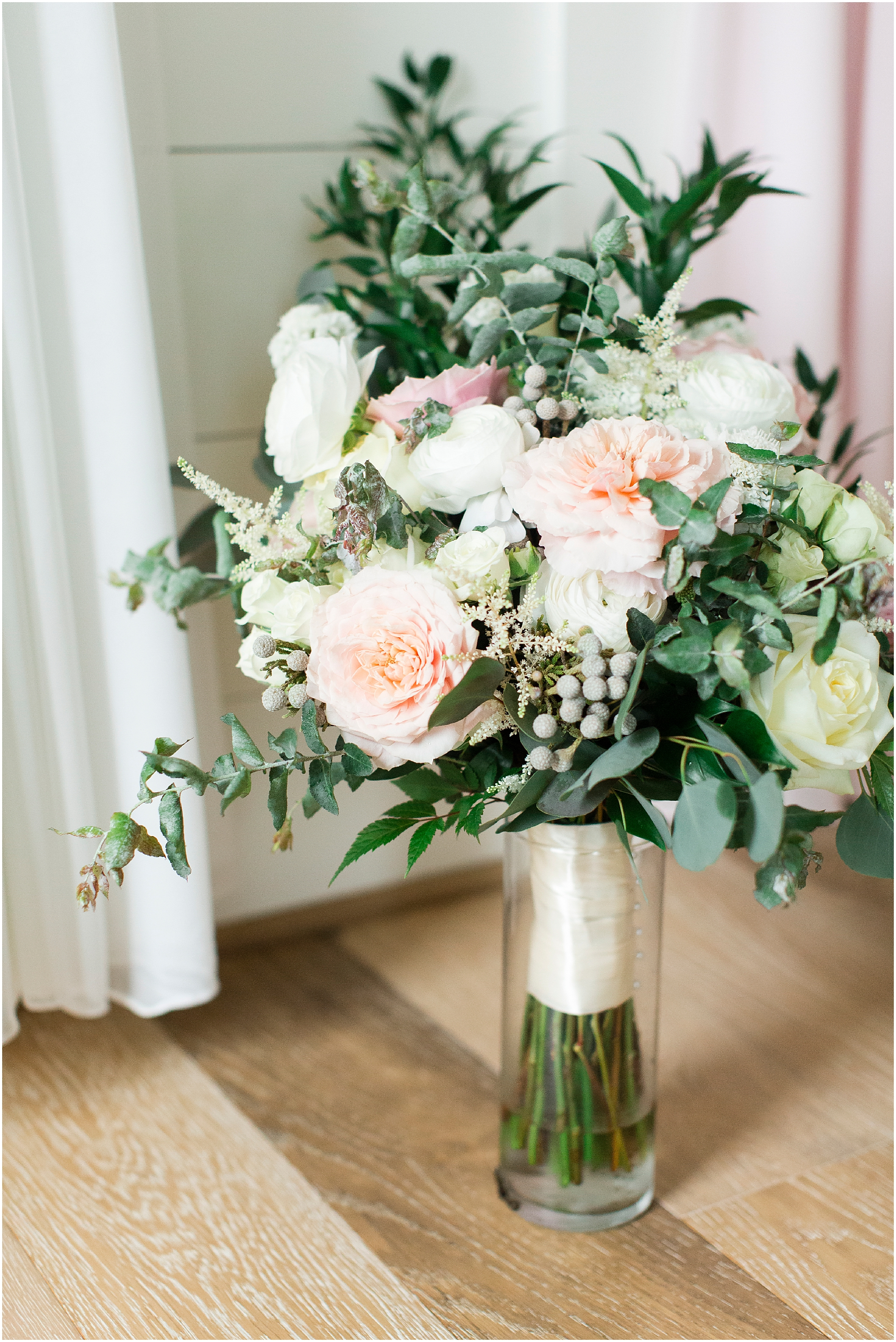 Bloom by Doyle's wedding bouquet at sierra vista