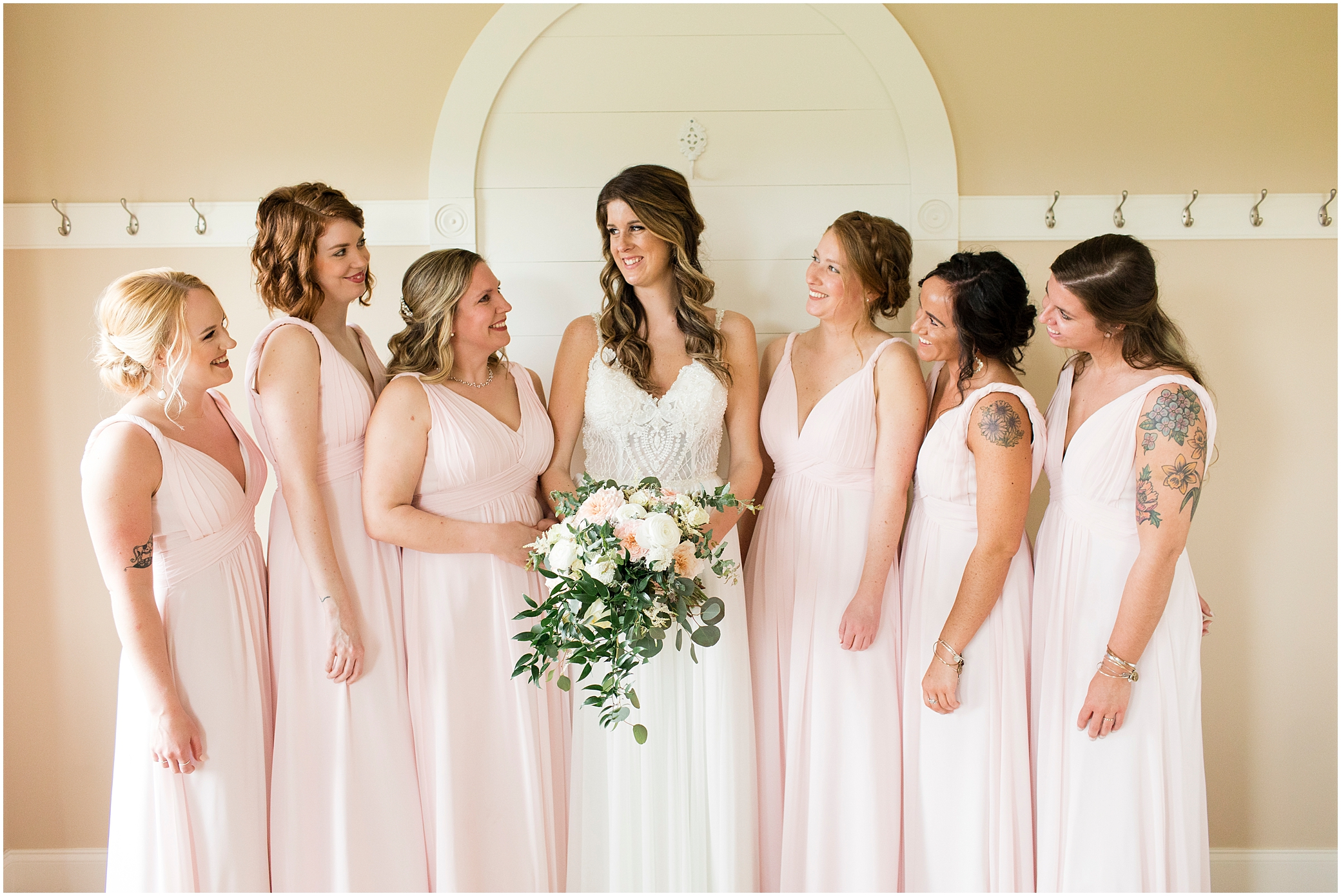 bridesmaids in the bridal suite at sierra vista wedding venue